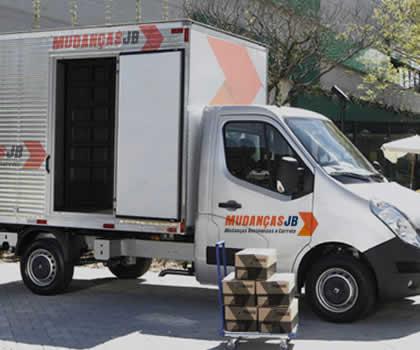 caminhão de mudança residencial